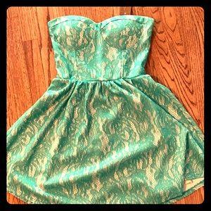gorgeous brand new dress!